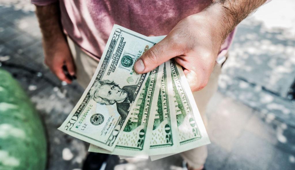 Психология денег: как мыслить, чтобы начать зарабатывать