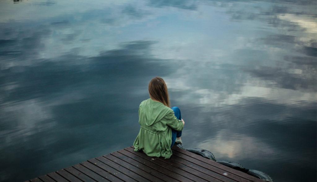 Как избавиться от одиночества: 10 простых советов от психолога